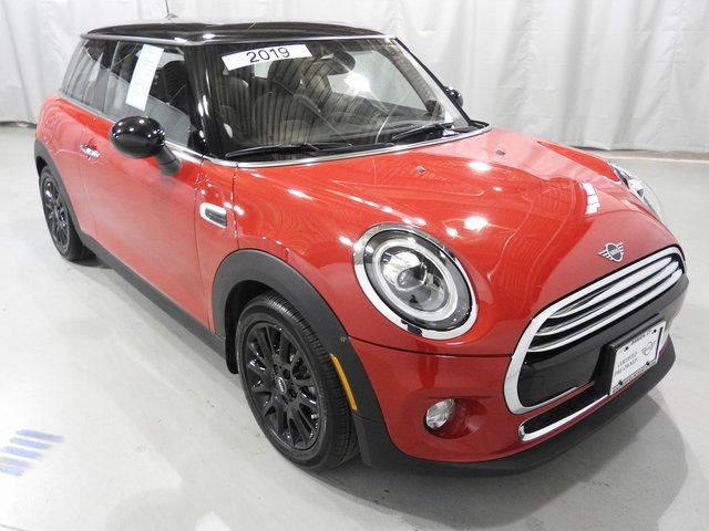 Certified Pre-Owned 2019 MINI Cooper Signature
